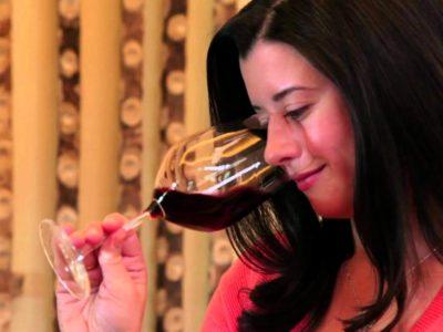 How to Taste Wine like a Professional