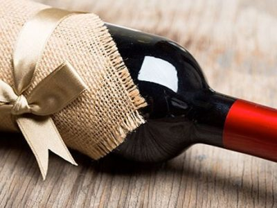 Holiday Party Time: How to Pair the Right Wine with Your Hostess