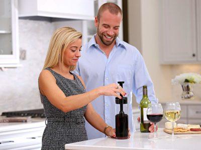 Squirrel Wine Preserver: How to Store Open Wine