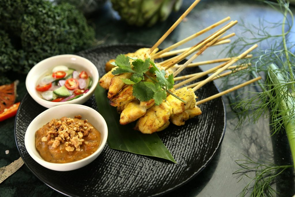 satay chicken thai food