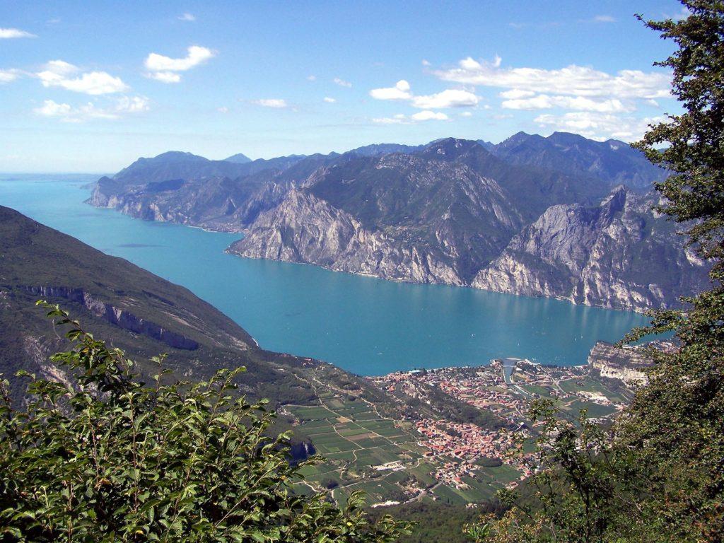 lake garda in the veneto wine region of italy